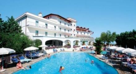 Gran-Hotel-Aminta